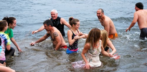 Group welcomes 2011 with cold Pony Pasture Polar Plunge